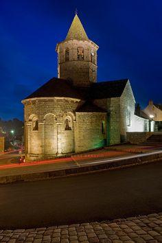 France - Lozère - Nasbinals - L'église