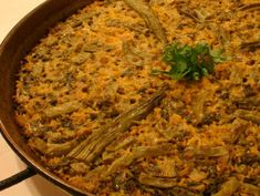 Vegetable rice dish.. Vegetable Rice, Spanish Food, Rice Dishes, Main Meals, Paella, Valencia, Curry, Good Food, Vegetables