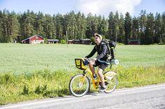 Xavier Hildén pyöräili Äänekosken Suolahdessa keskiviikkona puoli kuudelta.
