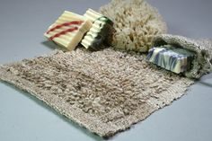 Weaving: Spa-style wash cloth (looped pile on a rigid heddle loom)