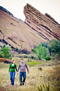 Engagement Photos at Red Rocks - Elevate Photography - Elevate BlogElevate Blog
