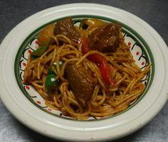 Spaghetti tunisien Ethnic Recipes, Food, Tunisian Recipe, Cooking Food, Dish, Essen, Meals, Yemek, Eten