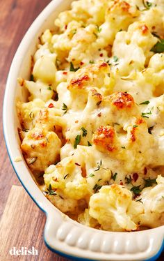 Cauliflower Au Gratin Skips The Unnecessary Carbs Vegetable Side Dishes, Vegetable Recipes, Vegetarian Recipes, Cooking Recipes, Healthy Recipes, Healthy Menu, Chicken Side Dishes, Cooking Tips, Cauliflower Dishes