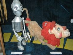 Tin Man and Lion Marionettes by Bill Baird-- I had the chance to see the very last performance of the bill baird marionettes when I was a kid in the 80's--
