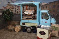 Nice Piaggio Ape conversion into a coffee cart