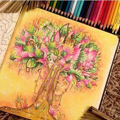 By @colaurie_tavie  De boca aberta com esse colorido lindo…