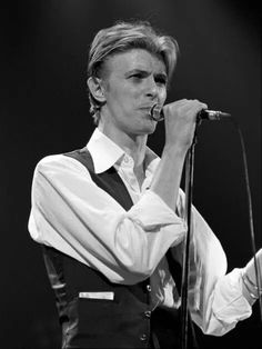 David Bowie, Stone Age Man, The Nobodies, The Thin White Duke, Just Beautiful Men, Pretty Star, Ziggy Stardust, David Jones, Playing Guitar