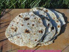wraps        POUR 5 WRAPS     200 g de farine (1er prix)     1/2cc de sel     110 g d'eau chaude     4 cs d'huile d'olive