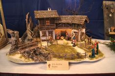 Christmas Crib Ideas, Christmas Decorations, Nativity Stable, Cribs, Projects To Try, Nativity Scenes, Drift Wood, Design, Collages