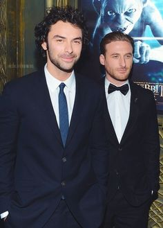Aidan Turner and Dean O'Gorman-look at Gollum in the back!!! It looks like he's poking Dean's head!