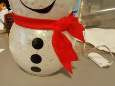 Snowman with Glitter and Lights: Easy Fishbowl Snowman! - Leap of Faith Crafting -DIY Snowman with Glitter and Lights: Easy Fishbowl Snowman! - Leap of Faith Crafting - Cricut Christmas Ideas, Snowman Christmas Decorations, Snowman Crafts, Diy Christmas Gifts, Christmas Projects, Holiday Crafts, Christmas Crafts, Christmas Snowman, Glitter Decorations