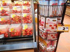 1: géén aardbeien in december. 2: géén pakjes meringuemix verkopen voor 2,79 euro die uitsluitend suiker bevatten en een velletje bakpapier. 3: meringue niet spellen als 'merenge'.