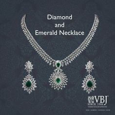 Look at these real diamond necklace . Emerald Jewelry, Diamond Jewelry, Gold Jewelry, Bridal Jewelry, Jewlery, Real Diamond Necklace, Diamond Pendant Necklace, Perfume, India Jewelry