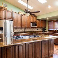 K10 Mocha Maple Glazed | Kitchen Cabinets - Bathroom Cabinets ...