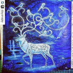 Instagram media desenhoscolorir - Cervo de gelo by @dayanajey  #florestaencantada #coloringbook #johannabasford #coloringbookforadults #secretgarden #desenhoscolorir #enchantedforest