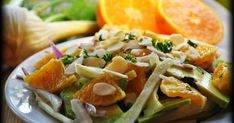 Svěží letní fenyklový salát savokádem pomerančem a mandlemi Doba přípravy 20min .                        ...