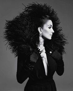 Tina Fey Looks Stunning On Time Magazine. Just awesomeness.