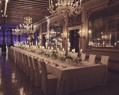 eleganttablesweddings #rusticweddingtables #crystalchandeliers #chargerplates #tablesclothsweddings #ornateweddingtables #diyweddingtables #weddingideas #weddingdecor #venice #weddingplanner http://www.veniceweddingplanners.com/