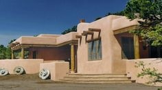 Convert a Ponderosa Ranch House Plans Porch Southwest Decor Santa Fe, Modern Southwest Decor, Southwestern Home, Natural Architecture, Vernacular Architecture, Victorian House Plans, Victorian Homes, Mud House, Garage Floor Plans