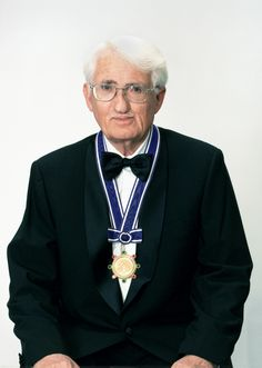 Jürgen Habermas (1929)
