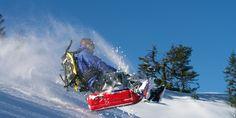 Auf die Piste fertig los. So macht das Rodeln erst richtig Spaß! #winter #schnee #schlitten Bob, Spaceship, Winter Schnee, Sci Fi, Target, Life, Style, Snowshoe, Adventure