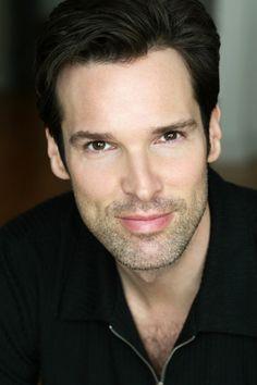 Hugh Panaro.. saw him live on Broadway as the Phantom! Breathtaking voice. (: