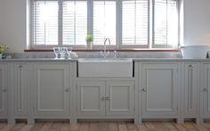 Neptune - Beautiful furniture & accessories the whole home Neptune Home, Neptune Kitchen, Shaker Kitchen, New Kitchen, Kitchen Units, Beautiful Kitchens, Cool Kitchens, Country Kitchens, Freestanding Kitchen