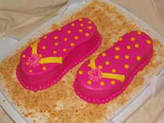 flip flop cake - simple, bright very summery