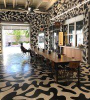 10 nejlepších památek - Miami Beach - TripAdvisor Florida Beaches, Miami Beach, Animal Print Rug, Trip Advisor, Places, Home Decor, Decoration Home, Room Decor, Home Interior Design
