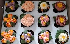 Piped Buttercream Floral Cupcakes