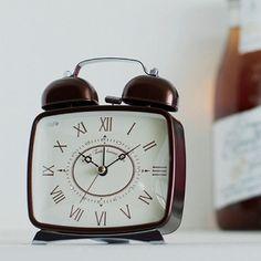 *クラシックな雰囲気の目覚し時計*テーブルクロック DIONA ディオナ
