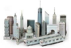 Paperkraft a NY city skyline! How cute would it be to have it around the house :)