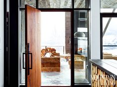 2014 Mountain Living Home of the Year, Jackson Hole, Wyoming, designed by Pearson Design Group. Photo by Trevor Tondro Home of the Year: Cabin, Reimagined | Mountain Living