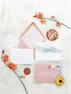 Coral & Floral invitations to make your guests feel sun-kissed.