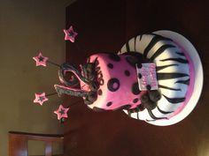 Girls Birthday Cake by Saundra