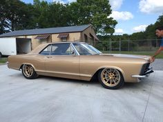 The latest project from Mike Goldman Customs is Bob's incredible '65 Buick Riviera Gran Sport! It's powered by a supercharged LSA and rides on an Art Morrison chassis, Strange 9-inch rear end, JRi coilovers, Baer brakes, and Grip Equipped Dropkick wheels finished with custom body-matched centers & polished outers! See more: http://www.forgeline.com/customer_gallery_view.php?cvk=1678  #Forgeline #GripEquipped #Dropkick #notjustanotherprettywheel #madeinUSA #Buick #Riviera #GranSport