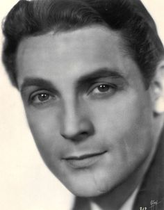 """Charles Farrell,the youthful, sunny-faced and handsome star of late-silents/early talkies.  His career dwindled fairly rapidly by the late 1930's, though he later returned as a """"character actor"""" in early television (""""My Little Margie"""").  It's been said that his """"voice didn't match his looks"""" (he had a rather light, and high-pitched voice and somewhat fey delivery of lines. But what a handsome fellow he was!"""