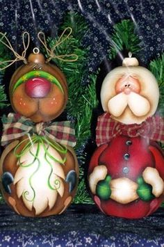 Santa  Reindeer Jingle Belly Ornaments Pattern
