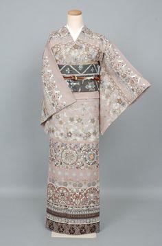 Kimono Japan, Japanese Kimono, Express Women, Rising Sun, Nihon, Yukata, Abstract Flowers, Boro, Misfits