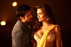 Emraan Hashmi is seen as Sonu Dilli KKC, i.e., Kutti Kameeni Cheez, and is as tepid in the film as his sobriquet sounds. His dialogue delivery needs a special mention. His zeal to portray himself as a street-smart Dilli lafandar doesn't allow him to stop and breathe between the words he utters.
