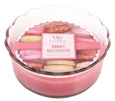 Berry Sorbet Macaron Glass Candle by WoodWick Wood Wick Candles, Glass Candle, Candle Jars, Aroma Candles, Macarons, Acai Bowl, Summertime, Berries, Lavender