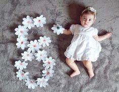 Que linda foto para mesversário esta que encontrei no @festejarcomamor. Via @mae_festeira e @_mundodavalentina. . #universomaterno #maternidadeamiga #mundodobebeoficial #mundodobebe #universodobebe #bebe #nenem #baby #mae #pai #maternidade #paternidade #gravidez #gravida #gestacao #gestante #embarazo #pregnancy #filho #filhos #bebe #baby #nenem #universomaterno #mundodemaes #universopaterno #maedemenina #paidemenina #paidemenino #maedemenino #irmaos #amormaiordomundo #modabebe