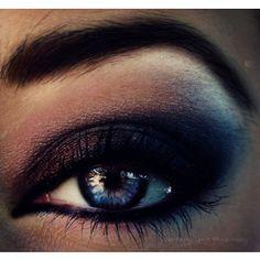 black heavy lined smokey eye make up