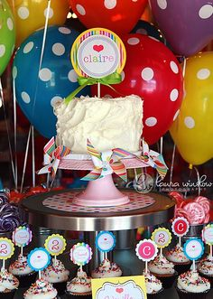candyland Printable Lollipop Party Collection by The TomKat Studio I want to make another board. Lollipop Party, Lollipop Birthday, Candy Party, Cupcake Party, Girl Birthday, Birthday Parties, Birthday Ideas, Cake Birthday, Happy Birthday