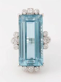 Vintage Platinum Aquamarine and diamond ring. ~ Circa: late early Exquisite platinum ring is approx. Enhanced with 12 side-stone diamonds. Combination bead set and bezel set, with mil-grain finish. Art Deco Jewelry, Jewelry Rings, Jewelry Accessories, Fine Jewelry, Jewelry Design, Jewlery, Antique Jewelry, Vintage Jewelry, The Bling Ring