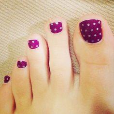 Pretty Toe Nail Art Ideas - For Creative Juice - Polka Dots on Purple Toe Nails. Purple Toe Nails, Pretty Toe Nails, Cute Toe Nails, Summer Toe Nails, Pretty Toes, Gorgeous Nails, Purple Toes, Amazing Nails, Pedicure Nail Art