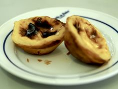 Celebrating Pasteis De Nata in #Lisbon, #Portugal - via As The Sparrow Flies 09-03-2017 | Have you been struck with the love for pasteis de nata? But what is it about these small, warm, sweet tarts that has everyone so enamoured (aside from them being small, warm and sweet)? I set off to Lisbon with a serious mission on my hands – to try enough pasteis de nata to find out.