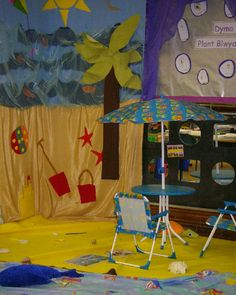 A super Seaside Role-Play classroom area photo contribution. Great ideas for your classroom! School Displays, Classroom Displays, Ocean Themes, Beach Themes, Play Corner, Early Years Classroom, Role Play Areas, Eyfs Classroom, Dramatic Play Centers