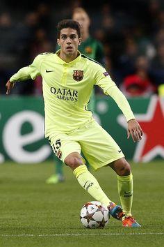 Marc Bartra #footballislife Soccer Guys, Soccer Players, Barcelona Football, Fc Barcelona, Marc Bartra, Football Is Life, Lionel Messi, Athletes, Handle
