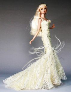 Porcelain And China Refferal: 1027098164 Barbie Bridal, Barbie Wedding, Barbie Dress, Barbie Clothes, Fashion Royalty Dolls, Fashion Dolls, Glam Doll, Barbie Friends, Barbie World
